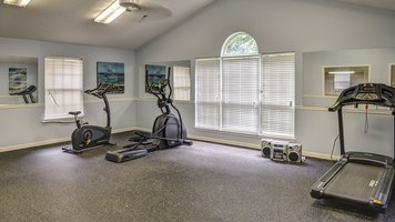 Crestwood Park interior fitness
